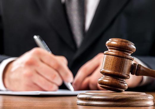 团队律师执业经验平均10+年以上